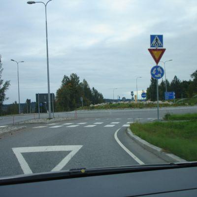 Rondell vid Västra omfartsvägen i Karis.