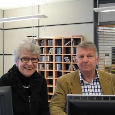 Märta-Lisa Westman och Bjarne Kallis debatterade arrendetomter i måndagsklubben