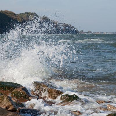 Stormvindar till havs.