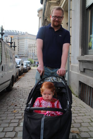 tyttö ja isä