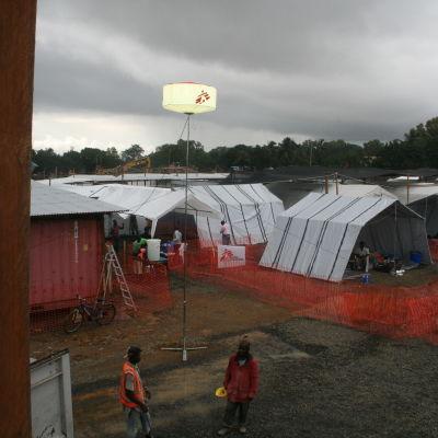 Läkare utan gränsers ebola centrum i Monrovia, Liberia. Öppnade 17 augusti 2014. Det största ebola centret någonsin.