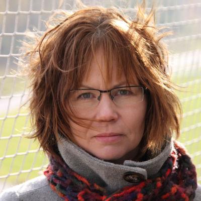 Kirjailija Heli-Maija Heikkinen