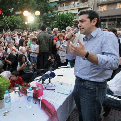 Tsipras i full gång med valkampanjen, i Aten 24.05.12