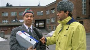 Heikki Silvennoinen (roolinimi Jaakko Parantainen) ja Olli Keskinen (roolinimi Eero Kakko).