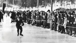 Clas Thunberg, 1930.