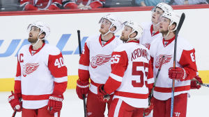 Detroit Red Wings-spelare i matchen mot New Jersey Devils.
