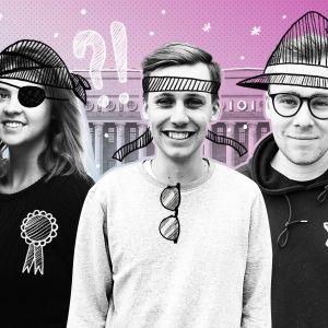 Monica Ollas, Tino Oksanen och Niklas Evers framför ett teknat riksdagshus. De är målade som pirater ninjor och trollkarlar.
