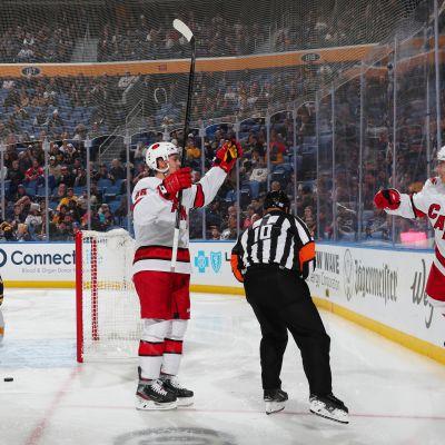 Aho, Teräväinen, Jokiharju ja Barkov osuivat NHL-kierroksella