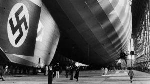 Zeppelinare och svastika