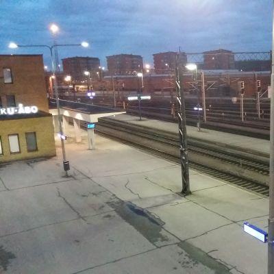 Bangården i Åbo en tidig morgon.