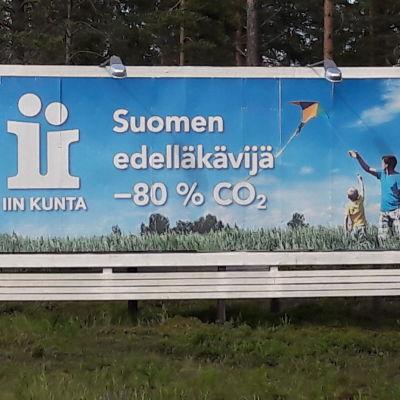 Klimatskylt invid Riksväg 4 i Ijo kommun.
