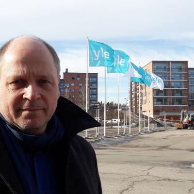 Pasi Saukkonen är politikforskare.