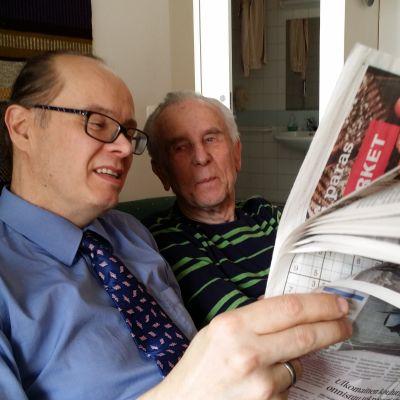 Jyrki Yliniemi ja Eero Tolkki tapaavat kerran viikossa ja keskustelevat ajankohtaisista asioista.