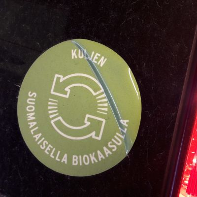 Biogasdekal på bil.