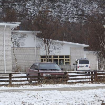 En skolelev knivhöggs till döds vid det samiska gymnasiet i Utsjoki den 24 oktober 2014.