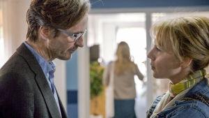Uuden tanskalaissarjan päähenkilö rikostoimittaja Dicte Svendsen palaa synnyinseudulleen.