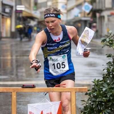 Tove Alexandersson var snabbaste dam på gatorna i Neuchatel.