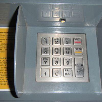 Bensa-automaatin näppäimistö.