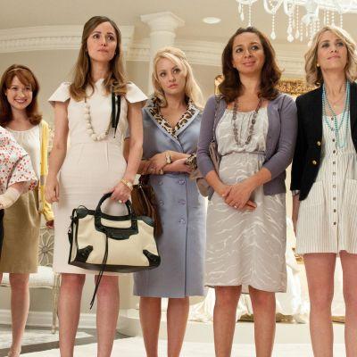 Den kvinnliga ensemblen i filmen Bridesmaids 2011.