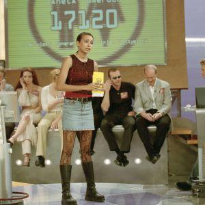 Juontaja Tea Khalifa Videotreffit-ohjelmassa vuonna 2001