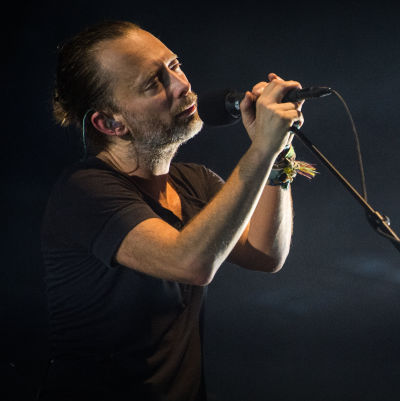 Radiohead live.
