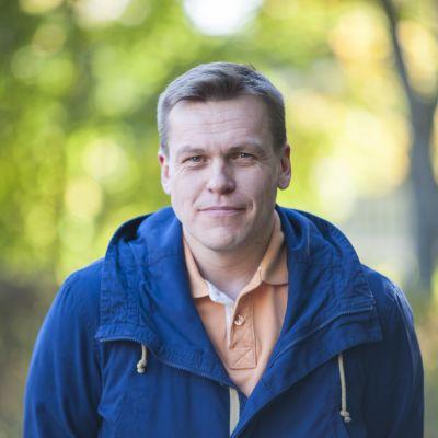 Erikoislääkäri Antti Saari