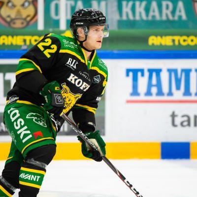 Arttu Ruotsalainen nousi SM-liigan pistepörssin kärkeen.