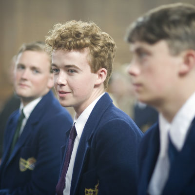 Alex Lawther on nuori Benjamin Britten