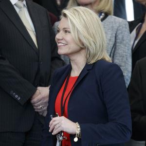 Heather Nauert, pressekreterare vid USA:s utrikesministerium. Bilden tagen i maj 2018 då Mike Pompeo tillträdde som utrikesminister.