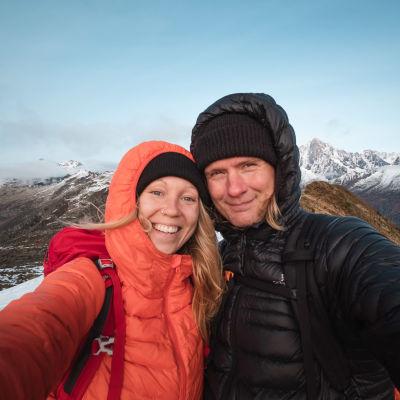 Laura Kolari ja Christer Ådahl Alpeilla