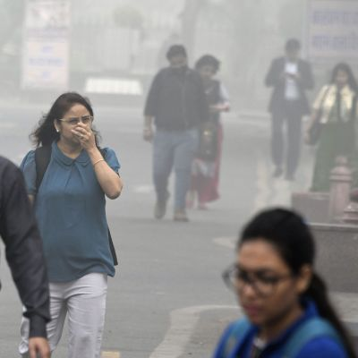 Tät smog i Indiens huvudstad New Delhi.