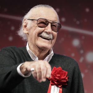 Marvelskaparen Stan Lee är död.