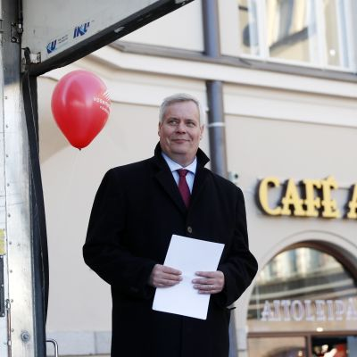 Antti Rinne talar i Tammerfors på första maj.