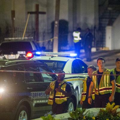 Flera dödade i en skjutning i en metodistkyrka i Charleston, Soutg Carolina den 17 juni 2015.
