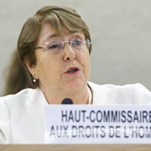 FN:s nya människorättskommissionär Michele Bachelet vill ställa Myanmars ledare inför rätta bl.a för folkmord på muslimska rohingyer