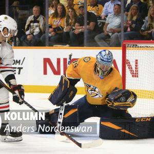 Pekka Rinner räddar ett skott