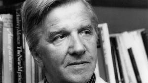 Johannes Salminen, författare och essäist.