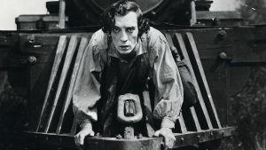 Buster Keaton elokuvassa Kenraali.