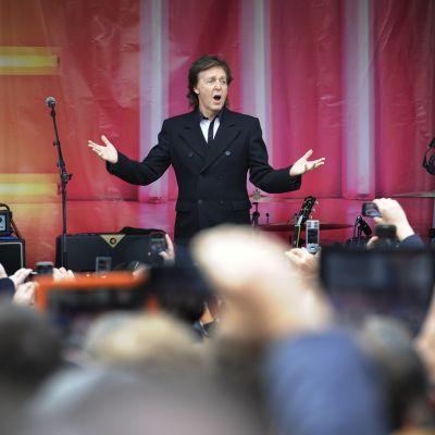 Paul McCartney i Covent Garden i London den 18 oktober 2013