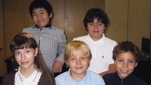 Meri Louhoksen piano-oppilaita 2000-luvun lopulla.