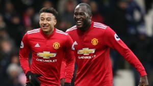 Jesse Lingard och Romelu Lukaku firar mål.