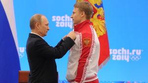 Vladimir Putin, Dmitri Trunenkov.