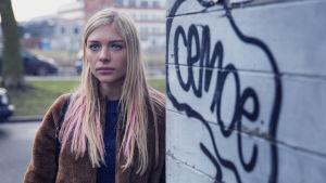 Lina (Julie Grundtvig Wester) i Bedrägeriet.
