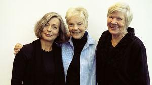 Åsa Moberg, Märta Tikkanen och Birgitta Stenberg fotograferade av Ulla Montan.
