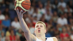 Basketspelaren Alxander Madsen