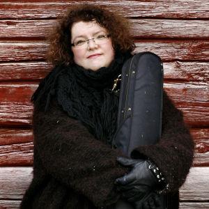 Viulisti Kreeta-Maria Kentala