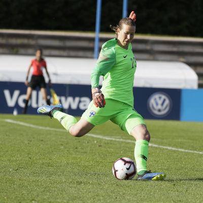 Korpela i matchen mot Island i juni.