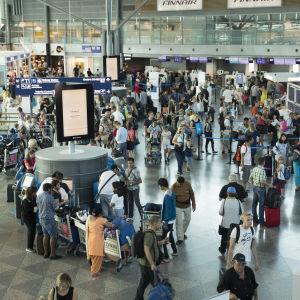 Helsinki-Vantaan lentoasema kesällä 2018