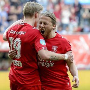Fredrik Jensen och Jeroen van der Lely jublar