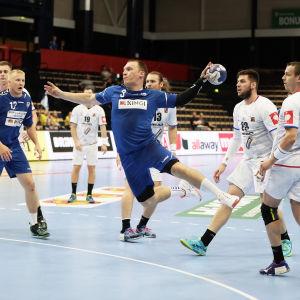 Miro Koljonen i matchen mot Tjeckien.